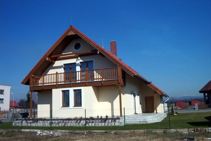 rodinny-dom-sliac-1