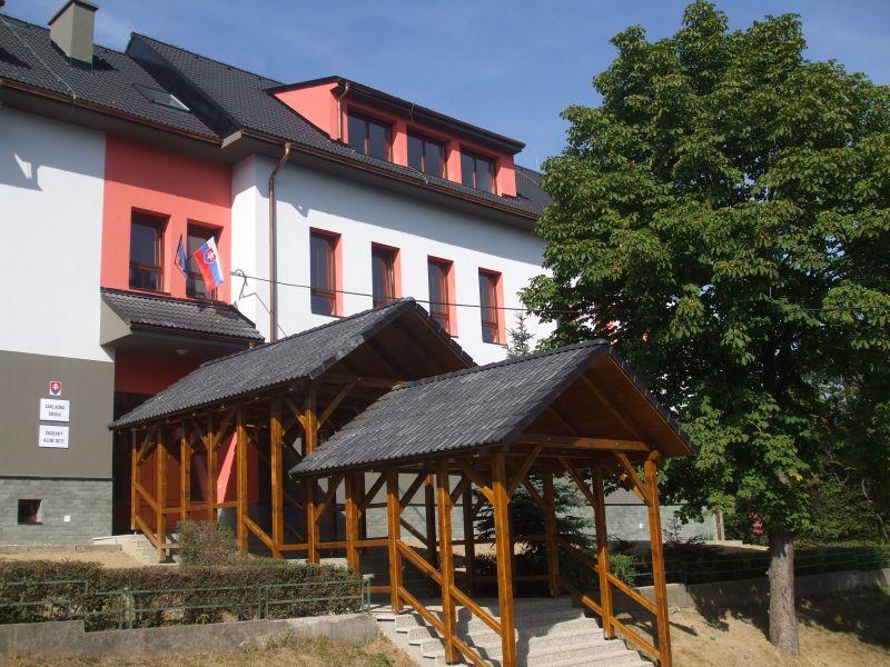 zakladna-skola-hrustin-projekt-rekonstrukcie